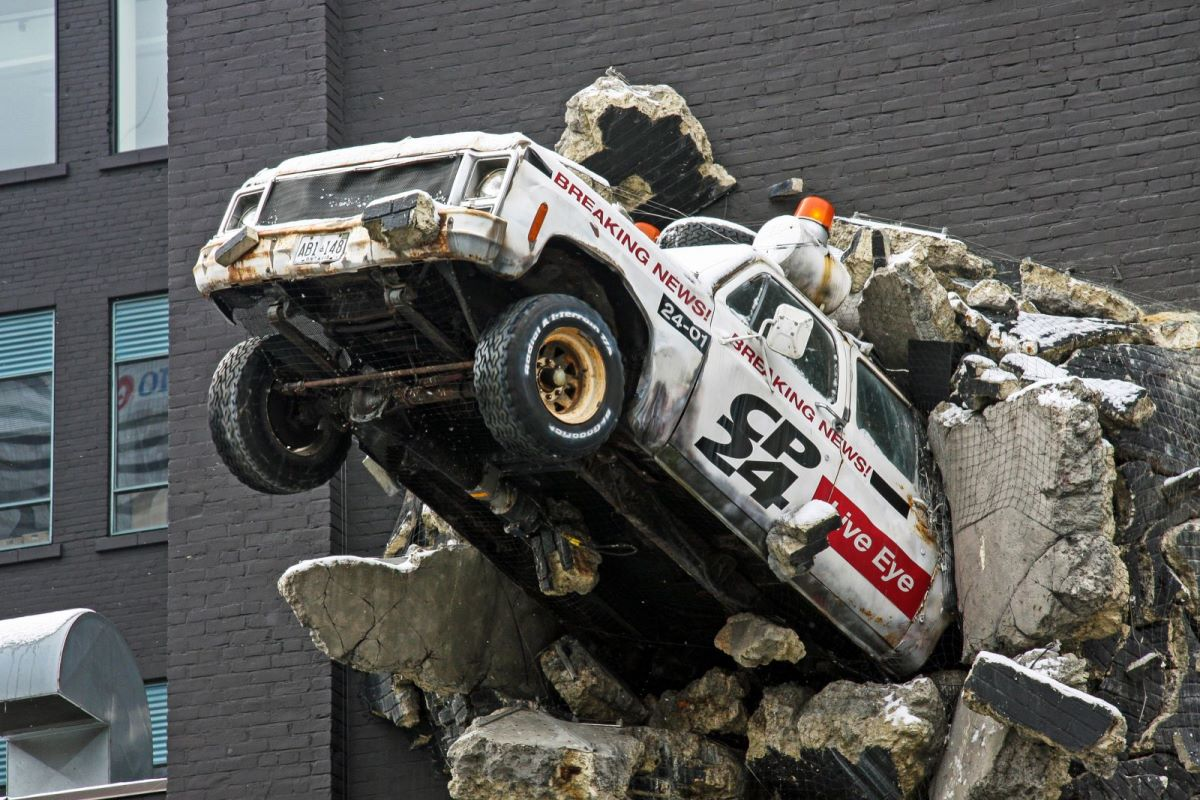 Toronto Cable News Car Crashing Through Wall by Bobcatnorth on Flickr.com [CC BY-NC-SA 2.0]